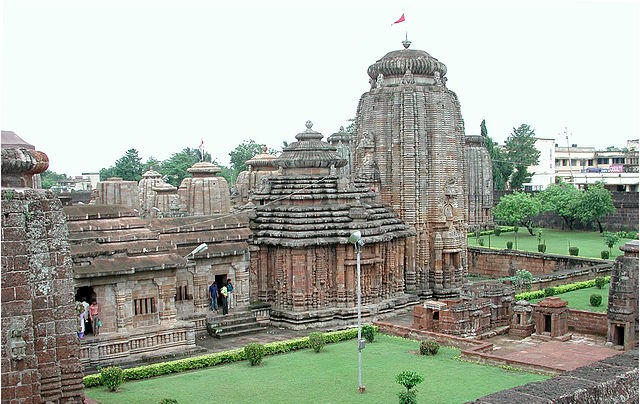 640px-Lingaraj_temple_Bhubaneswar_11007