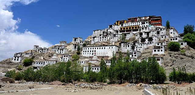 640px-Thikse_Monastery,Leh_,J&K_,India