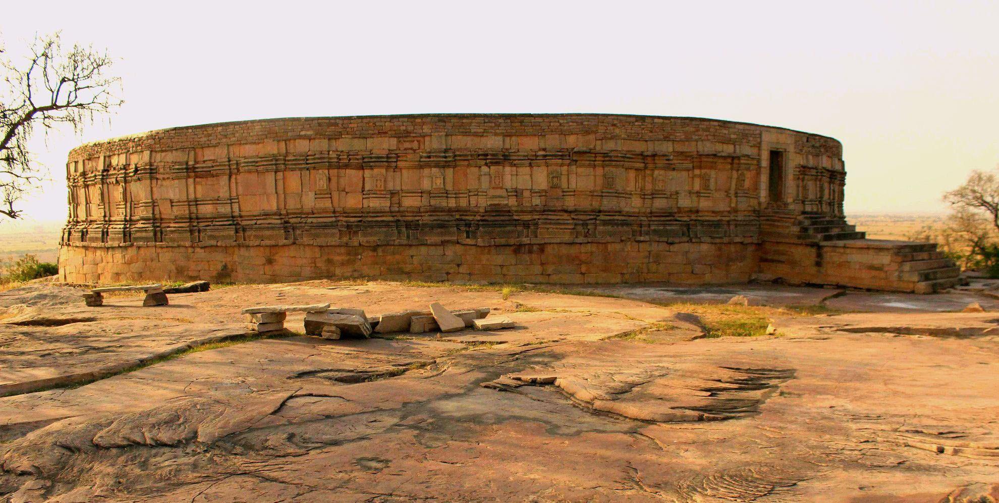Chausath Yogini Temple, Mitavli (by Pankaj Saksena)