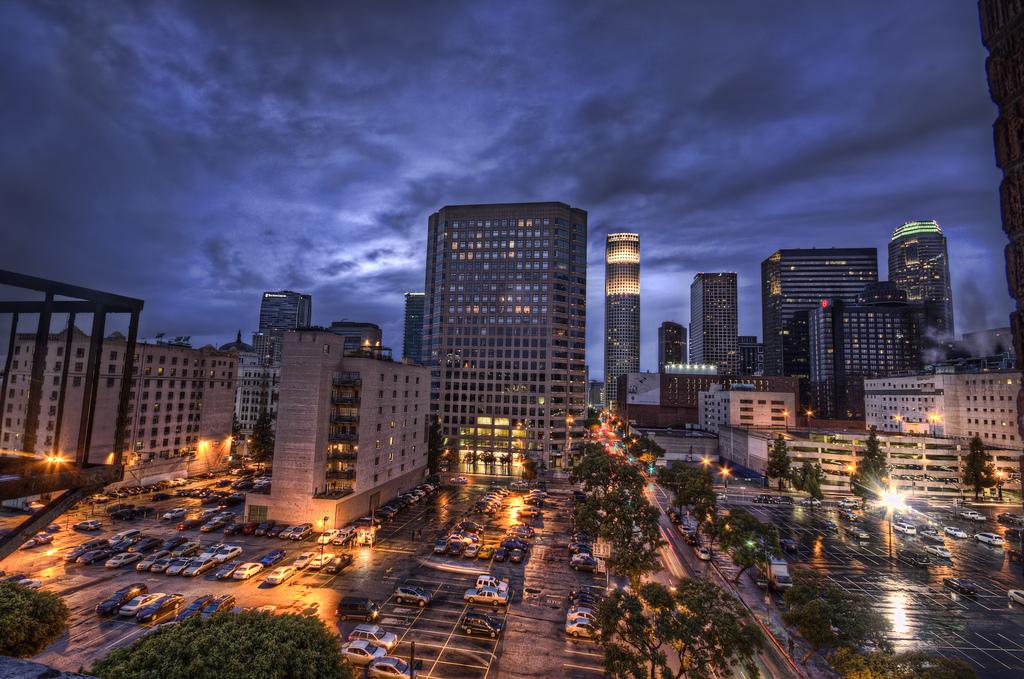 Los Angeles (Photo by Neil Kremer)