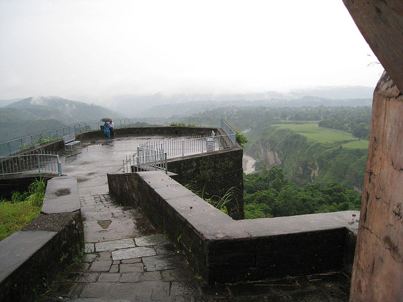 Kangra Fort (Photo by Dinakarr)