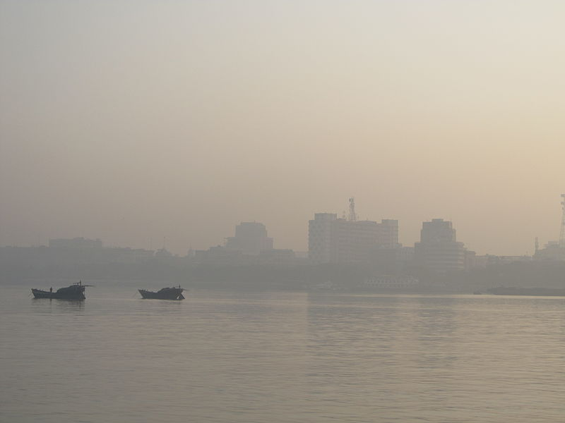 Hooghly River (Photo by Biswarup Ganguly)