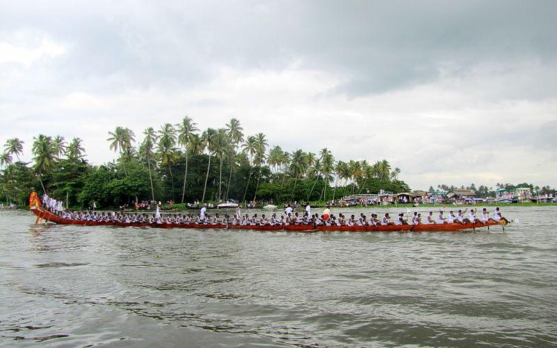 Snake Boat Race (Photo by Manojk)
