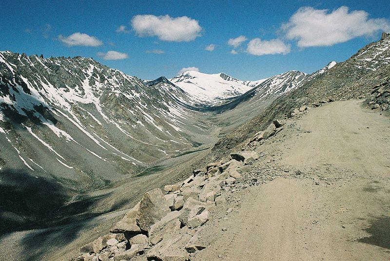 Leh Valley (Photo by Dan Hobley)