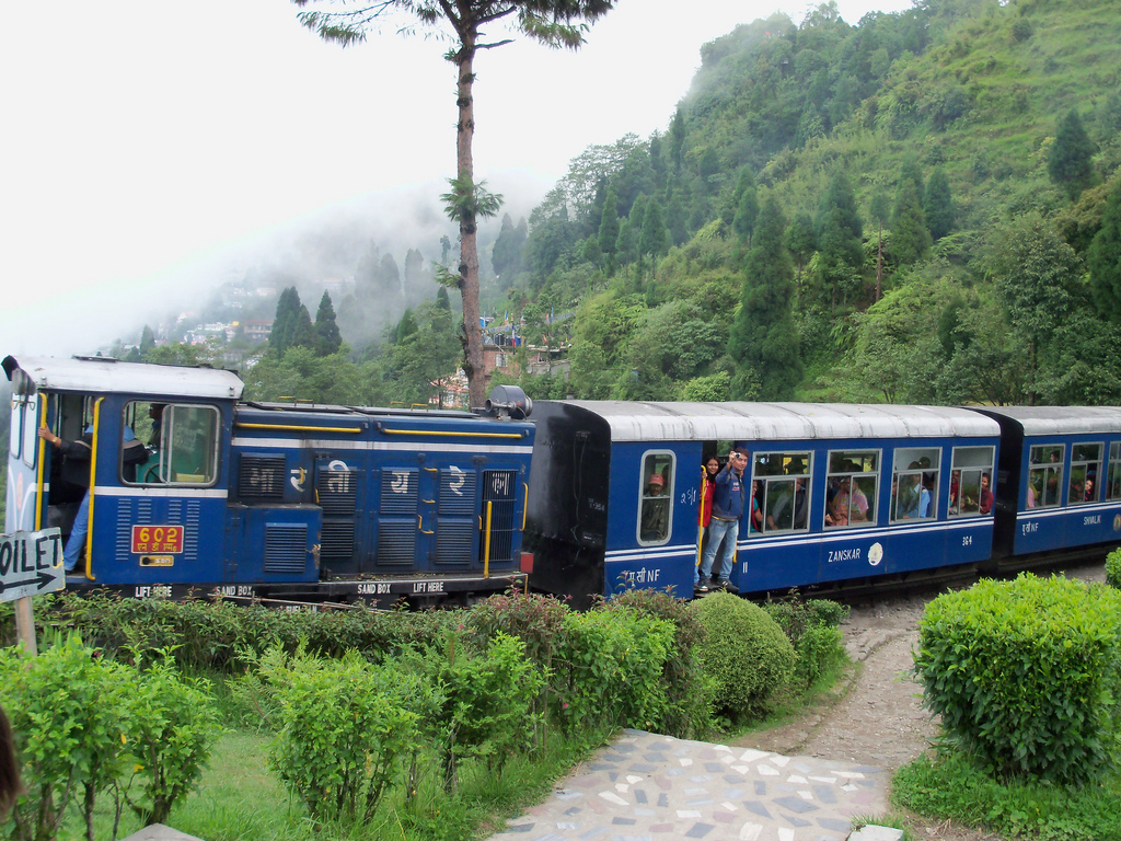Darjeeling Toy Train (Photo by Supernova explosion)