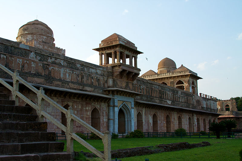Jahaz Mahal (Photo by McKay Savage)