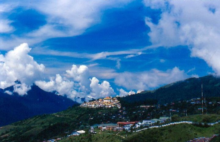 Tawang Monastery (Photo by Saumyanath)