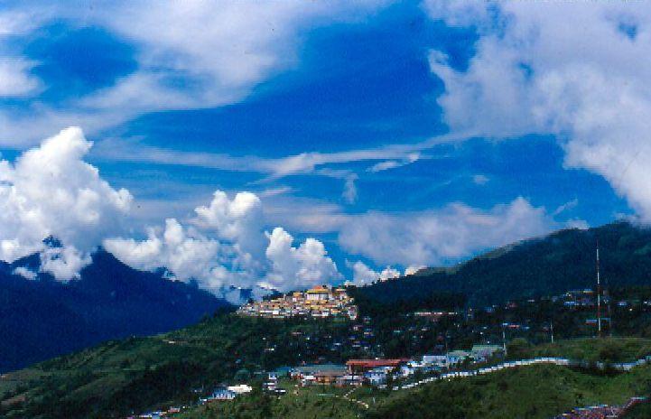 Tawang Monastery (Photo by Saumyanath)