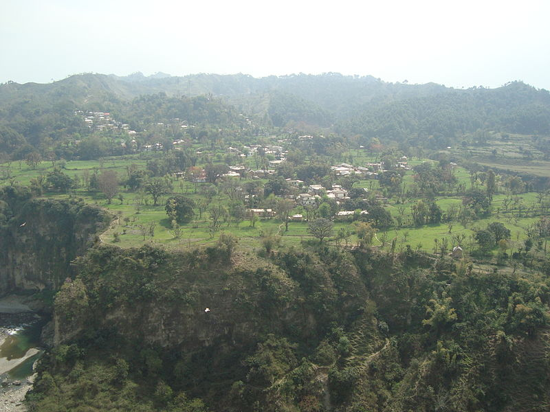 Kangra Valley (Photo by Vssun)
