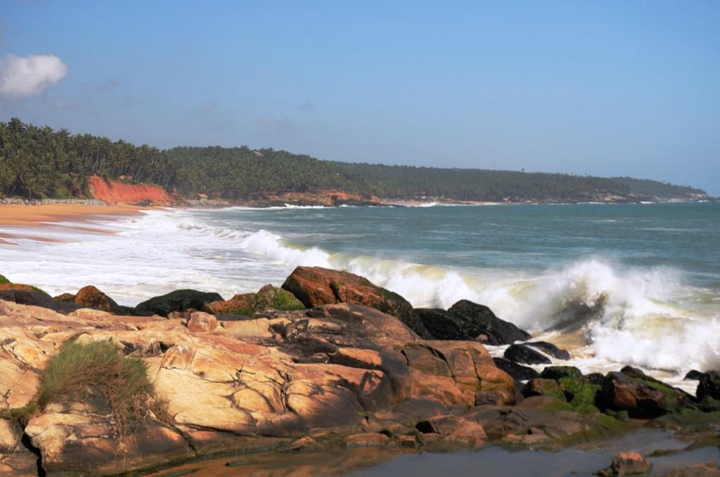 Vizhinjam Beach (Photo by Jkadvoor)