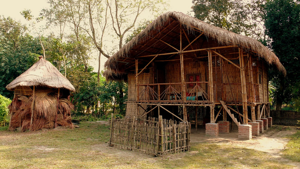Traditional Stilt House (Photo by rajkumar1220)