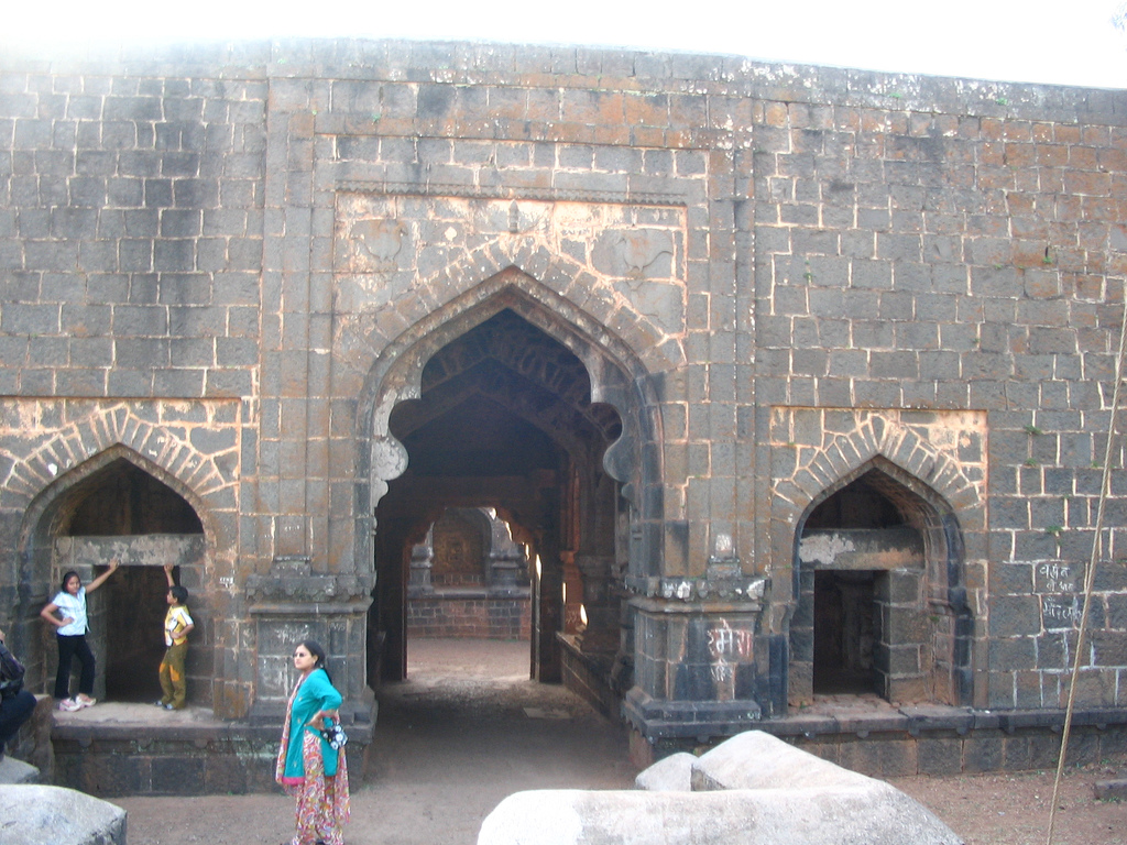 Teen Darwaza (by Ankur P)