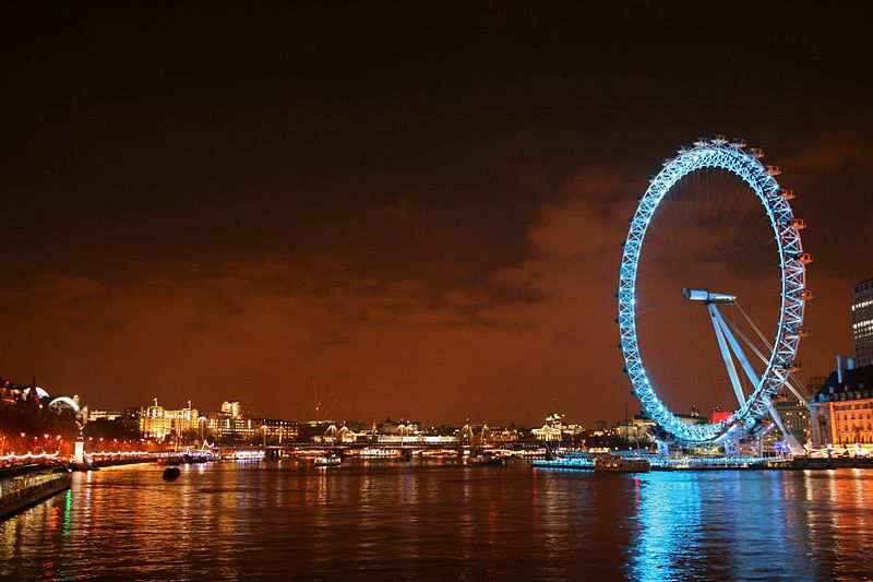 London_Eye_at_night_3