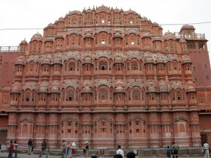 The iconic Hawa Mahal by xiquinhosilva