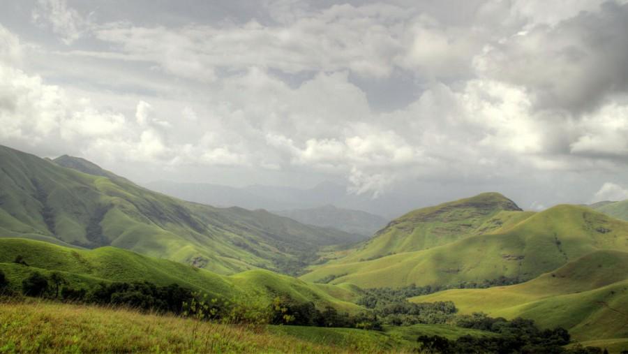 Rolling hills of Kudremukh (by dhruvaraj)
