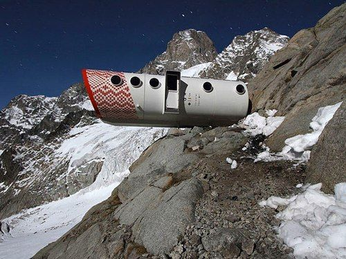 Bivacco Gervasutti, Mont Blanc, Italy 1