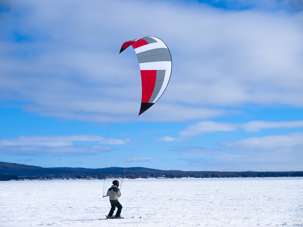 10 Kite Skiing