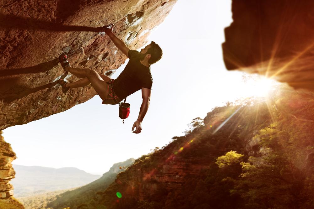 12 Bouldering