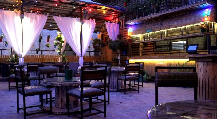 nowhere-terrace-brew-pub-cafe-dlf-phase-4-33