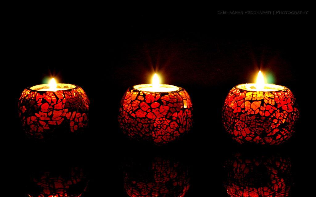 Lights_and_Reflections_Diwali_India_November_2013