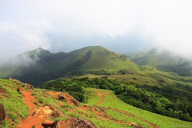 Thadiyandamol descent (Photo by vineeth.ys)