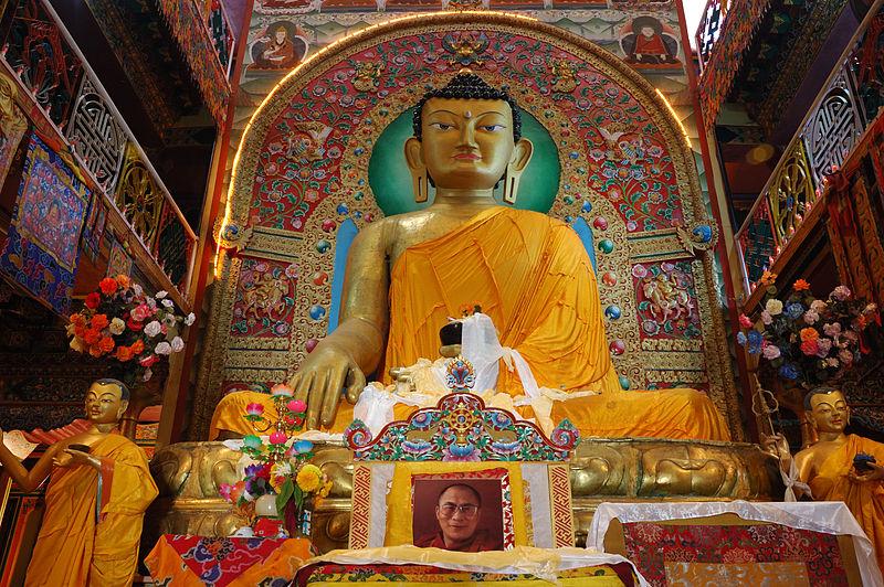 800px-Sakyamuni_Buddha