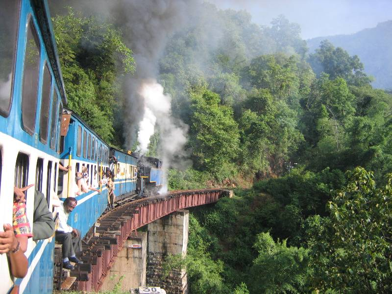 Nilgiri_Mountain_Train
