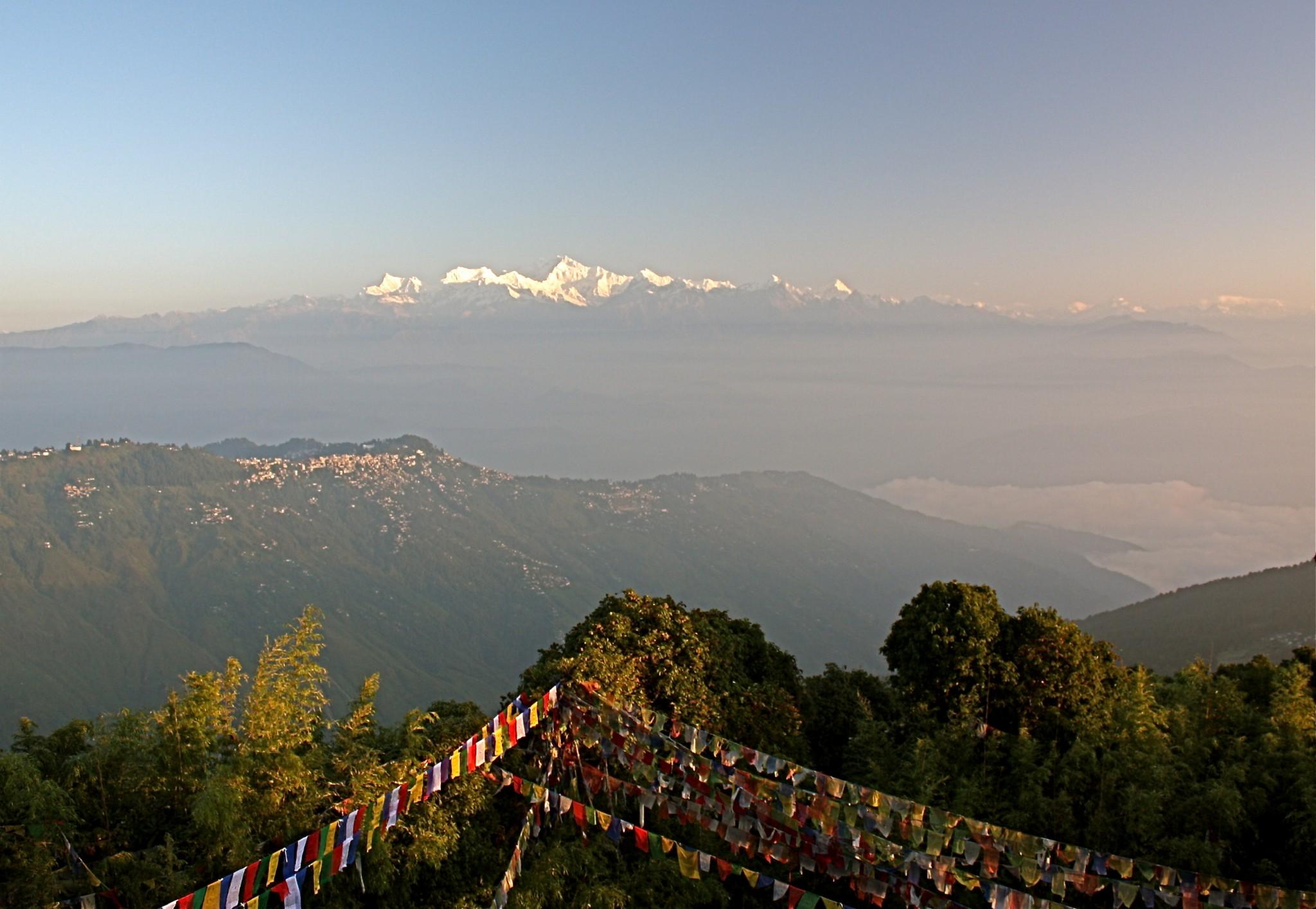Tiger_Hill,_Darjeeling