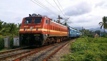 WAP-4_Class_locomotive_of_Indian_Railways