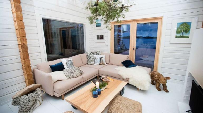 living-room6-ht-ml80214_3x2_992