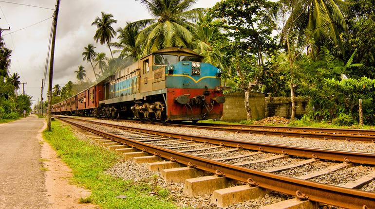 10 Interesting Facts You May Not Know about the Indian Railway