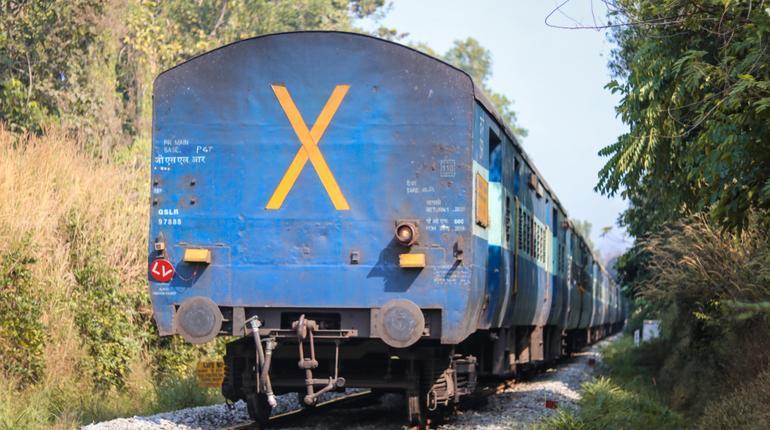 Mumbai-Pune trains cancelled