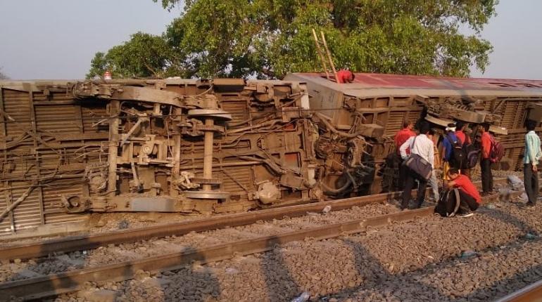 train derailment final