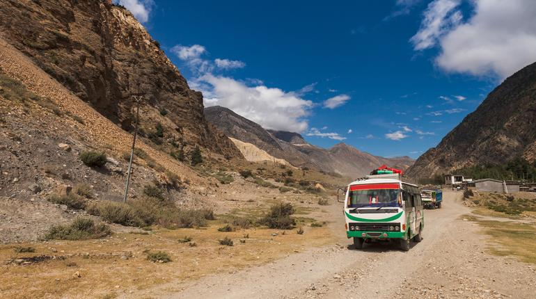10 Amazing Bus Journeys in India