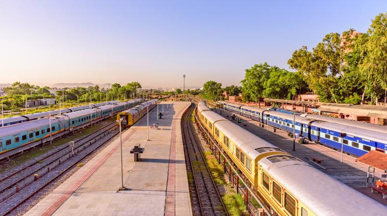Private Trainsss