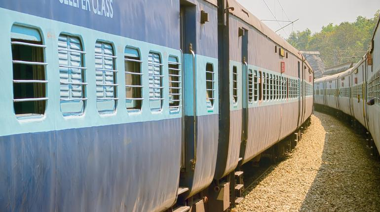 between the two Indian trains departure time
