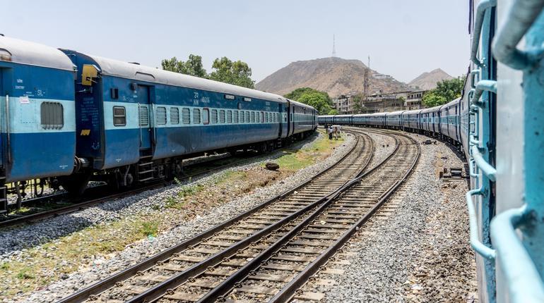 Train to Jaipur