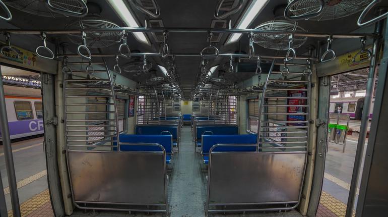 Mumbai Lockdown Local Train  CSTM Chhatrapati Shivaji Maharaj Terminus Platform World Heritage Site