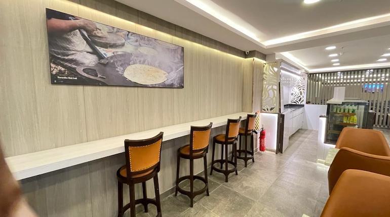 irctc executive lounge new delhi railway station