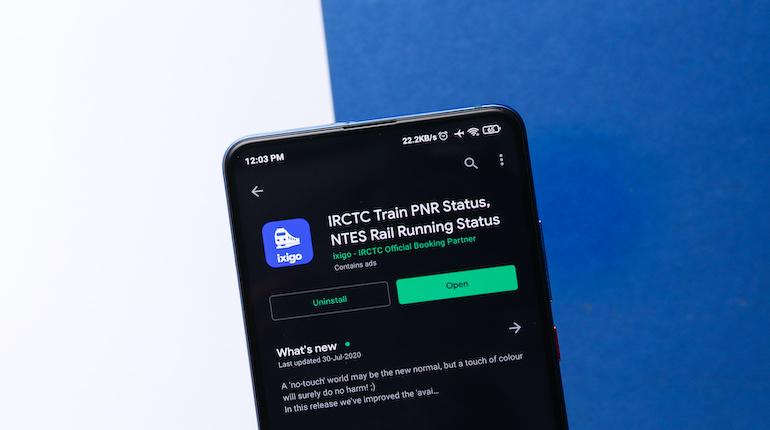ixigo trains app as seen on google play store